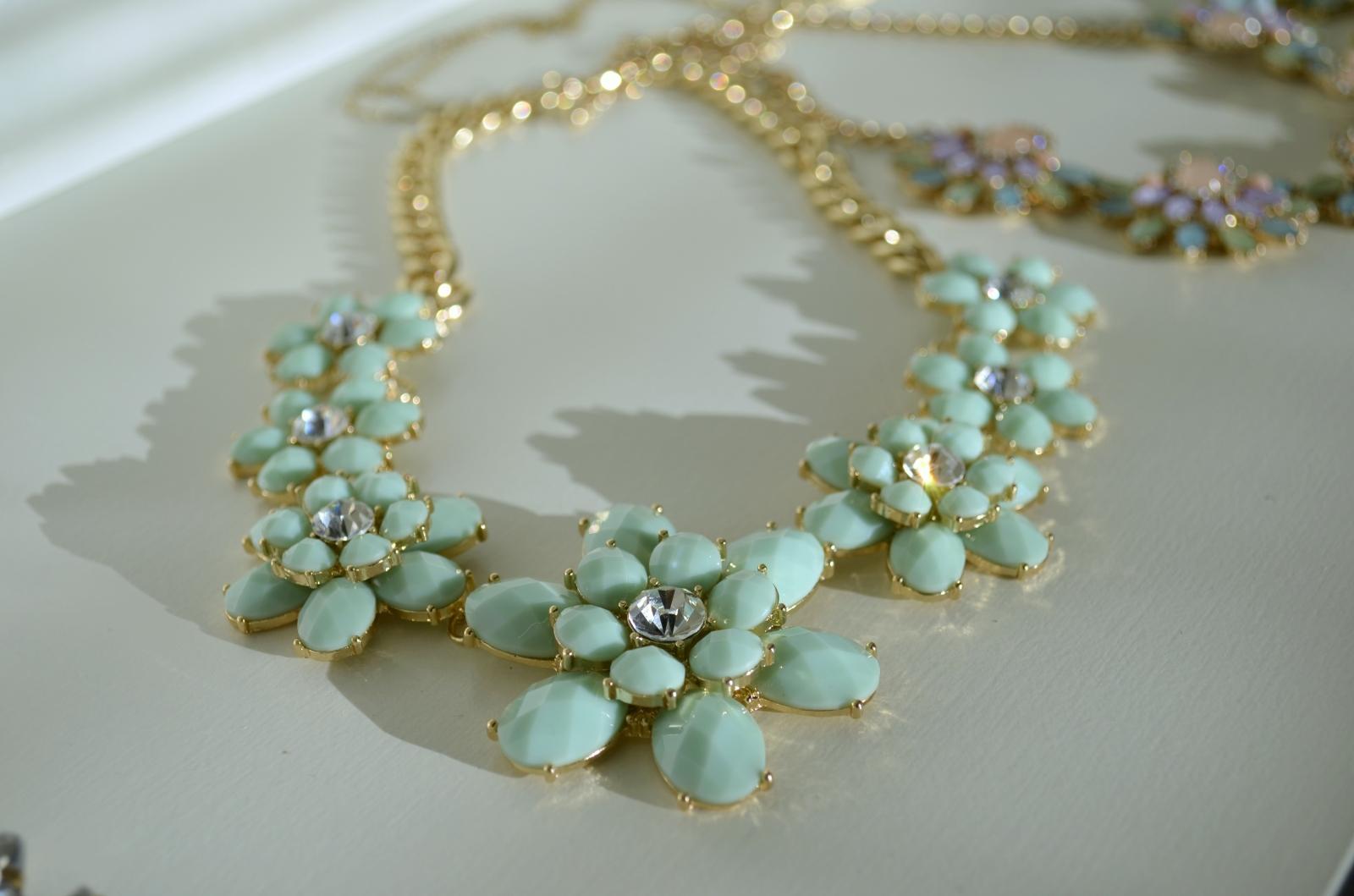 Pastel Flower Necklace 2
